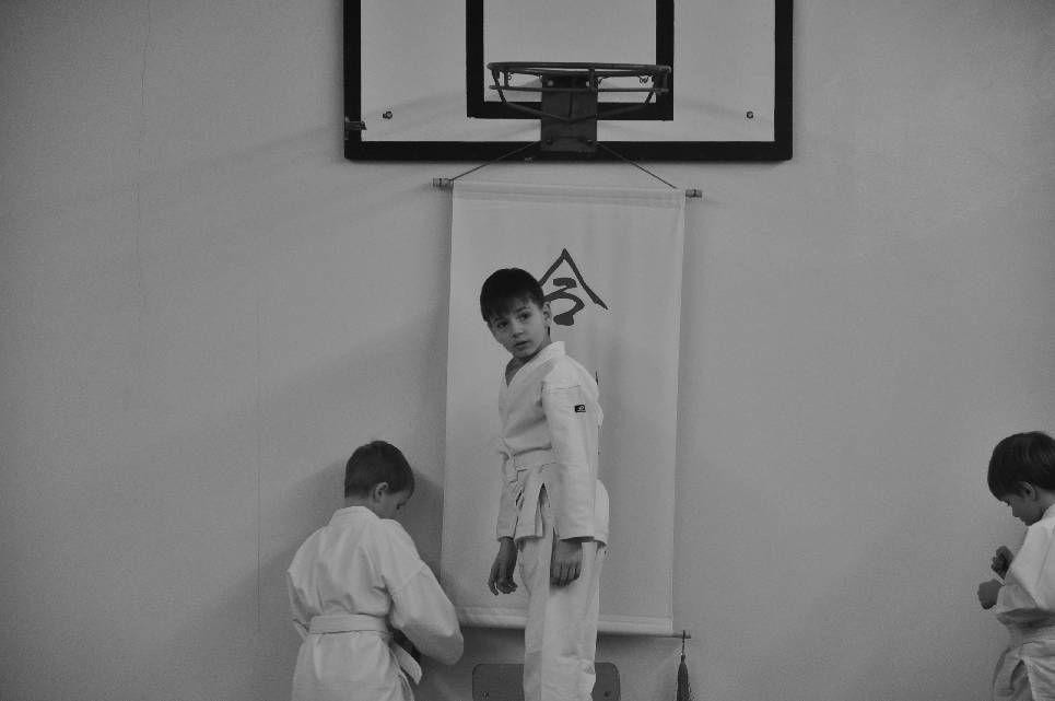 egzamin-na-10-kyu-dzieci-jaworzno-22-02-2012-002